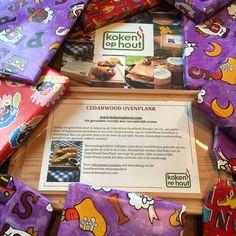 Heb jij al een origineelkado gevonden? Cedarwood ovenplank te verkrijgen via bele verkooppunten: www.kokenophout.com
