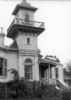 Laskey Villa, or Swinton, Kew (Melbourne), built 1859-60 & 1880, is an early example of the Italianate style in Victoria and notable for its tower with cantilevered walkway giving wide views of the river and city. Edmund Laskey Splatt built the house, naming it Laskey Villa. He sold it in 1876 to Francis Johnson who renamed it Swinton. Later owners were artists Amalie and Archibald Colquhoun. The interiors were gutted during recent renovations and extensions.