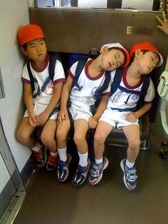 Japanese people get into public sleeping really early and it's a lifelong habit. Cute Funny Babies, Cute Kids, Little People, Little Boys, Japanese Kids, Kids Around The World, Asian Babies, Japanese Culture, Beautiful Children