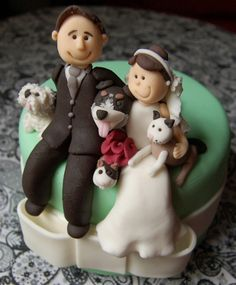 I need two min pins with me and memo on the cake, and the groom needs a hat, lol