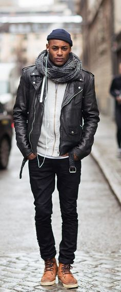 Nice 39 Fashionable Spring Men Outfits With A Leather Jacket http://inspinre.com/2018/03/18/39-fashionable-spring-men-outfits-with-a-leather-jacket/ #MensFashionSpring