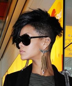 Pixie cut and half shaved hair on Rihanna Faux Hawk Hairstyles, Rihanna Hairstyles, Celebrity Hairstyles, Cool Hairstyles, Shaved Hairstyles, Black Hairstyles, Hairstyle Ideas, Braided Hairstyles, Pixie Cut With Long Bangs