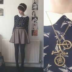 Bicycle pendant necklace Lovely Vintage pendant necklace  Hwl boutique Jewelry Necklaces