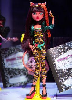 Raye Del Sol — Monster High ~ High Quality Photos ~ Toy Fair