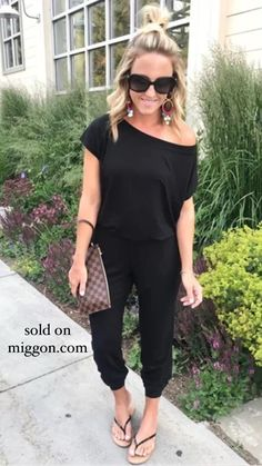 Jumpsuits For Women Classy, Rompers Women, Women's Rompers, Long Jumpsuits, Winter Jumpsuits, Plus Size Jumpsuit, Jumpsuit With Sleeves, Looks Total Black, Fashion Clothes