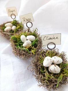 Charmante idée de marque-places pour Pâques!