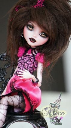 OOAK Monster High Custom Repaint Draculaura by by RogueLively
