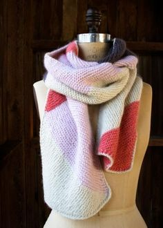 Just Triangles Entrelac Scarf in Flax Down | The Purl Bee