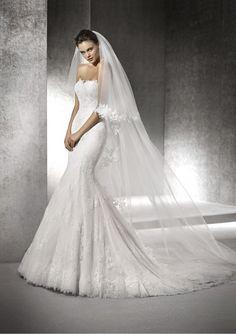 Vestido de novias del diseñador San Patrick modelo Hafli disponible en la tienda de novias De Novia a Novia. San Jose, Costa Rica.