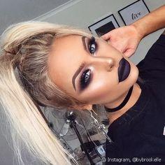 Goth-Inspired Glam - Smoke Show Makeup Ideas Perfect For One Night - Photos - # . - Goth-Inspired Glam – Smoke Show Makeup Ideas Perfect For One Night – Photos – - Makeup Trends, Makeup Inspo, Beauty Trends, Makeup Geek, Punk Makeup, Black Makeup Gothic, Makeup For Black Dress, Grunge Eye Makeup, Glam Makeup Look