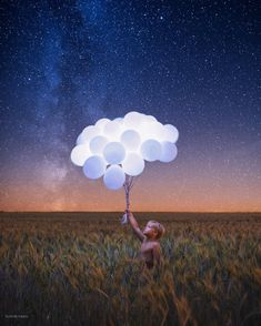 Dreamlike Conceptual Photography Merges Surrealism with Digital Art Surrealism Photography, Conceptual Photography, Photoshop Photography, Conceptual Art, Image Photography, Photomontage, Ballons Fotografie, Surreal Photos, Creepy Pictures