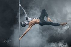Ideas for pole dancing poses male Pole Dance, Dance Art, Little Girl Dancing, Dancing In The Rain, Manga Anime, Pole Dancing Fitness, Pole Fitness, Dancing Drawings, Belly Dance Outfit