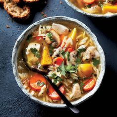 Chicken and orzo soup - Used with permission of / © St. Best Soup Recipes, Meat Recipes, Chicken Recipes, Cooking Recipes, Healthy Recipes, Yummy Recipes, Favorite Recipes, Chatelaine Recipes, Leafy Salad