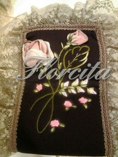 Silk ribbon embroidery bathroom set. USA. Tita's.
