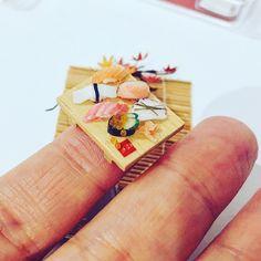 こんくらいの大きさですよ ( ˊ̱˂˃ˋ̱ )  #ミニチュアフード #ミニチュア #miniaturefood  #miniature  #ユカリンゴノテノヒラハウス