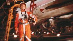 NASCAR drivers wears badass 'Star Wars' helmet