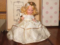 1940s NANCY ANN STORYBOOK DOLLS Cinderella Went to the Ball Bisque Doll