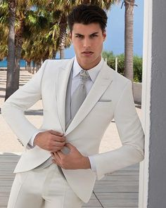 Ivory Groomsmen suit slim fit Wedding suits for Men 2015 peaked Lapel groom tuxedos one button three piece Suit