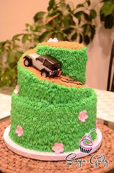 We Do Custom Cake Design And Delivery In Austin TX Call Sugie Galz Today To Discuss Your Next Special Occasion