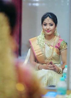 I am a professional wedding and Celebrity makeup Artist. For us, wedding is the most beautiful, memorable and captivating moments which will be fondly cherished for the remainder of each one's life Indian Bridal Hairstyles, Indian Bridal Outfits, Indian Bridal Makeup, Wedding Saree Blouse, Wedding Silk Saree, Bridal Makeover, Bridal Photoshoot, Bridal Blouse Designs, South Indian Bride