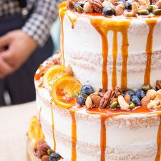 スポンジが薄く見えるホワイトネイキッドケーキまとめ | marry[マリー] Photo Booth Frame, Drip Cakes, Frosting, Cake Decorating, Wedding Cakes, Cheesecake, Birthday Cake, Sweets, Desserts