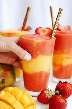 Strawberry Mango Protein Smoothie - Amazing Grass - Strawberry Mango Protein Smoothie The Effective Pictures We Offer You About salmon recipes A quali - Protein Smoothies, Smoothie Prep, Apple Smoothies, Smoothie Drinks, Mango Smoothies, Smoothies With Yogurt, Smoothie Cleanse, Juice Cleanse, Smoothie Bowl