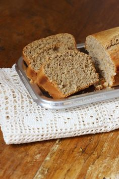 Vegan #Vanilla Bread // @ tastinggoodnaturally.com // Gâteau à la #Vanille