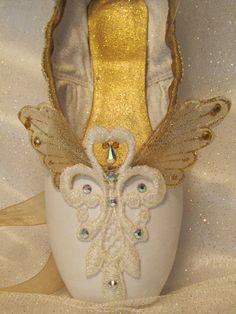 Nutcracker Angel decorated pointe shoe. Guardian angel or little angel. Nutcracker DewDrop. Sleeping Beauty Act III Gold Fairy.