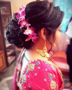 111 Likes, 3 Comments - Abhishek Nimbalkar Wedding Hairstyles For Girls, Bridal Hairstyle Indian Wedding, Engagement Hairstyles, Wedding Hair Half, Bridal Bun, Bride Hairstyles, Messy Hairstyles, Pretty Hairstyles, Hairstyle Ideas