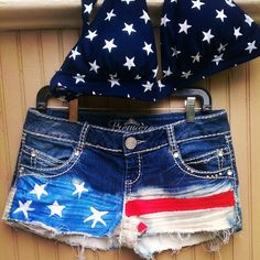 25 Chic Outfits to Try this 4th of July | American flag shorts ...