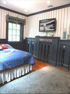 Yankees Room Facade And Window Frieze Bedroom Themes Decor