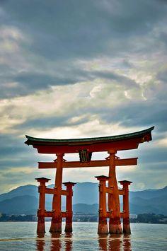 Itsukushima shrine, Hiroshima, Japan