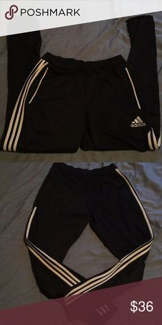 Adidas sweats Looks like new with zero damage. Climacool material and great for athletic events. Also looks great for sporty and casual looks. Tapered pant legs giving it a tighter fit around calf and ankle. adidas Pants Sweatpants & Joggers