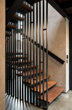 Bay House on Auckland's North Shore / Strachan Group ArchitectsYou can find North shore and more on our website.Bay House on Auckland's North Shore / Strachan Group Architects Home Stairs Design, Stair Railing Design, Staircase Railings, Interior Stairs, Home Interior Design, Steel Stairs Design, Staircase Remodel, Open Staircase, Staircase Ideas