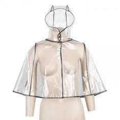 Αδιάβροχη κάπα με κουκούλα και μεταλλικό τρούκ για κούμπωμα. Έχει δικό της τσαντάκι για να μεταφέρετε εύκολα. Winter, Fashion, Winter Time, Moda, Fashion Styles, Fashion Illustrations, Winter Fashion