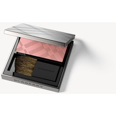 Burberry Light Glow – Misty Blush No.08 (1,035 EGP) ❤ liked on Polyvore featuring beauty products, makeup, cheek makeup, blush, burberry, burberry blush and powder blush