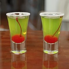 Perfect Adorable shot/cocktail. Mix it up and serve in chemistry barware! Dishwasher Safe! https://www.medical-and-lab-supplies.com/usp-oils.html