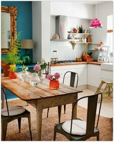 This kitchen & dining area is an open living space. The owner has painted an accent wall to divide the two spaces. New Kitchen, Kitchen Dining, Kitchen Decor, Eclectic Kitchen, Kitchen Small, Kitchen Tables, Space Kitchen, Kitchen Ideas, Rustic Kitchen