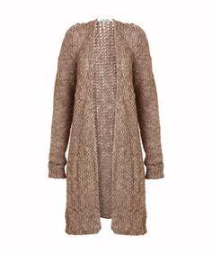 vest van alpaca wol - Een comfortabel vest gemaakt van zacht alpaca wol. Combineer het vest  met een shortje of draag hem over een jurk.