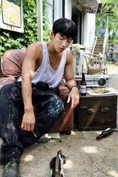 The jichangwook. So cute combination - cute ji chang wook + cute kitten 🤩🥰 Asian Actors, Korean Actors, Korean Dramas, The K2 Korean Drama, Jong Hyuk, Ji Chang Wook Healer, Saranghae, Ji Chan Wook, Moorim School