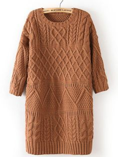 Vestido de tricô com bonita mistura de pontos. Pode virar uma blusa ou túnica.