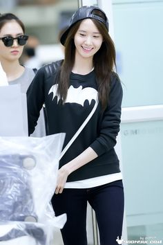 140527 yoona's airport fashion