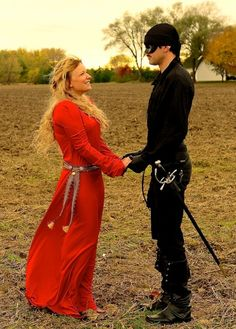Sean would be a sexy Dread Pirate Roberts. Buttercup & The Dread Pirate Roberts - cute couples halloween costume Cute Couple Halloween Costumes, Hallowen Costume, Halloween Kostüm, Halloween Cosplay, Cool Costumes, Cosplay Costumes, Good Couple Costumes, Halloween Costume For Blondes, Pirate Costume Couple