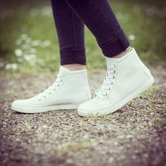 #shoes #sneaker #white #fashion #style #love #TagsForLikes #me #cute #photooftheday #instagood #instafashion #pretty #girl #shopping #zeitzeichen #wuerzburg #mode #follow http://www.zeitzeichen.com/