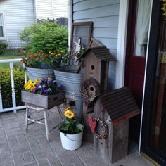 Front porch Summer Front Porches, Summer Porch, Porch Kits, Porch Ideas, Patio Ideas, Roof Ideas, Diy Balkon, Farmhouse Front Porches, Rustic Farmhouse