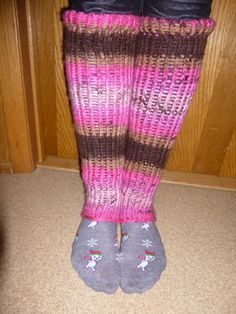 Making a pair of knit leg warmers is easy on the Knifty Knitter 210314 Assorted Loom Series with Slim Jim  or another circle loom (severa...