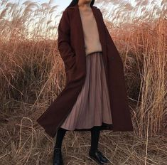 Image about fashion in clothes by 𝔪𝔞𝔯𝔦𝔢 on We Heart It Aesthetic Fashion, Aesthetic Clothes, Look Fashion, Autumn Fashion, Korean Fashion Fall, Witch Fashion, Fashion 2020, Fashion Fashion, Trendy Fashion