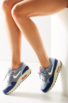 low priced 833bd 9c8c1 Nike Women s Air Max 1 Essential Running Sneaker