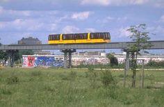 M-Bahn Zug zwischen Bernburgerstrasse und Kemperplatz 1988