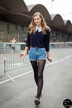 Tilda Lindstam, Swedish model, wearing navy blue knit top with white collar, high-waisted denim shorts & Dr. Spring Fashion Outfits, Fashion Week, Look Fashion, Fall Outfits, Autumn Fashion, Casual Outfits, Street Fashion, Denim Outfits, Moda Outfits